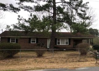 Pre Foreclosure in Faison 28341 WAVERLY FAISON RD - Property ID: 1496208688