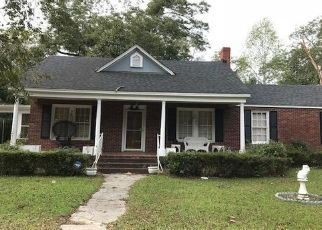 Pre Foreclosure in Batesburg 29006 SHORT ST - Property ID: 1496278762
