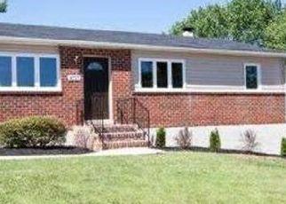 Pre Foreclosure in Gwynn Oak 21207 LONGHILL RD - Property ID: 1496514832