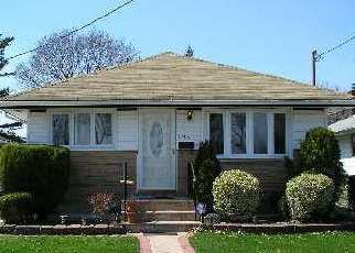 Pre Foreclosure in Hempstead 11550 MILBURN AVE - Property ID: 1496794246