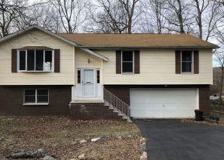 Pre Foreclosure in Hewitt 07421 JAMESBURG RD - Property ID: 1497273392
