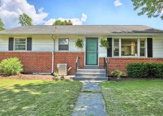 Pre Foreclosure in Carlisle 17013 MARBETH AVE - Property ID: 1497520863
