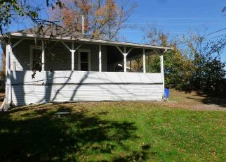 Pre Foreclosure in Mechanicsburg 17055 PARK PL - Property ID: 1497544949