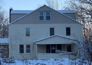 Pre Foreclosure in Lake Ariel 18436 GRAVITY RD - Property ID: 1497604952