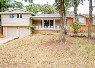 Pre Foreclosure in Sapulpa 74066 BURROUGHS RD - Property ID: 1497786257
