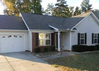 Pre Foreclosure in Charlotte 28262 VERNON WOOD LN - Property ID: 1497965394