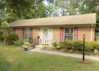 Pre Foreclosure in Sanford 27332 CEMETERY RD - Property ID: 1498029784