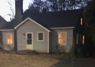 Pre Foreclosure in Charlotte 28208 KARENDALE AVE - Property ID: 1498066119