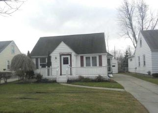 Pre Foreclosure in Buffalo 14225 HUTH RD - Property ID: 1498444541