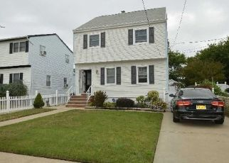 Pre Foreclosure in Valley Stream 11580 NOTTINGHAM AVE - Property ID: 1498480897