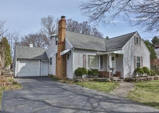 Pre Foreclosure in Rochester 14617 COLEBROOK DR - Property ID: 1498550982