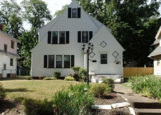 Pre Foreclosure in Rochester 14612 GRASSMERE PARK - Property ID: 1498690235