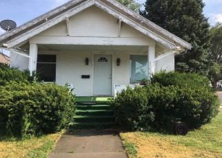 Pre Foreclosure in Sidney 69162 MAPLE ST - Property ID: 1498869368