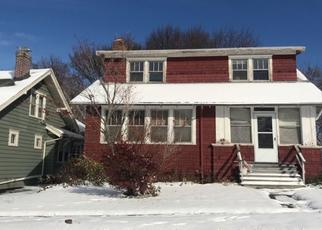 Pre Foreclosure in Syracuse 13208 MALVERNE DR - Property ID: 1498923687