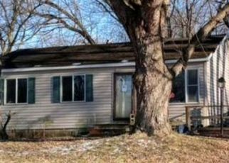 Pre Foreclosure in Lake Station 46405 BRUCE RD - Property ID: 1500115406