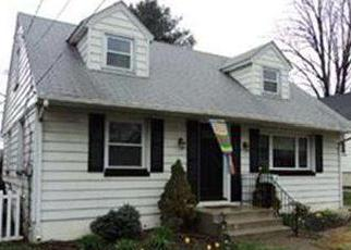 Pre Foreclosure in Audubon 08106 S HOOD AVE - Property ID: 1500185482