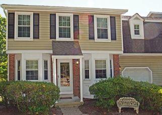 Pre Foreclosure in Hackettstown 07840 PHEASANT RUN - Property ID: 1500205630