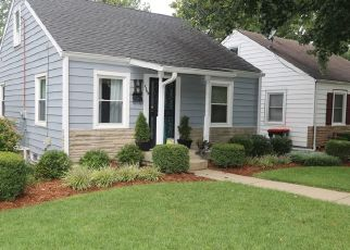 Pre Foreclosure in Louisville 40215 LONSDALE AVE - Property ID: 1500329578