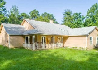 Pre Foreclosure in Quincy 32352 RUSS LN - Property ID: 1500390460
