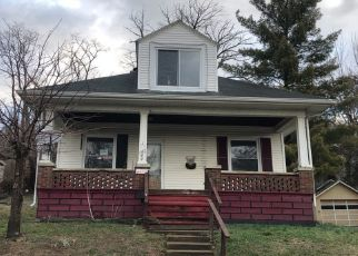 Pre Foreclosure in Aurora 47001 PARK AVE - Property ID: 1500929156