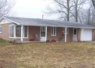 Pre Foreclosure in North Webster 46555 N CENTER ST W - Property ID: 1500940102