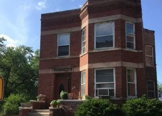 Pre Foreclosure in Chicago 60619 E 90TH PL - Property ID: 1501049609