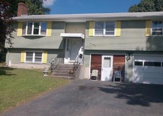 Pre Foreclosure in New Britain 06053 BATTERSON DR - Property ID: 1501548458
