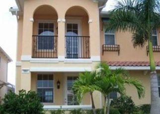 Pre Foreclosure in Naples 34114 VERONAWALK BLVD - Property ID: 1501727142