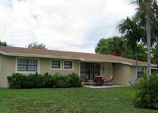 Pre Foreclosure in Pompano Beach 33064 NE 6TH AVE - Property ID: 1502073593