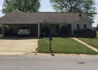 Pre Foreclosure in Moundville 35474 S POINTE DR - Property ID: 1502458121