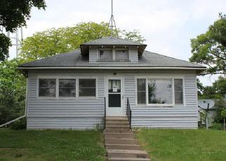 Pre Foreclosure in Ainsworth 52201 WASHINGTON ST - Property ID: 1502530843