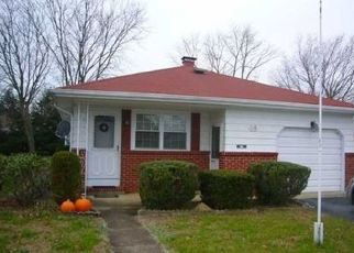 Pre Foreclosure in Toms River 08757 GUADELOUPE DR - Property ID: 1502673615