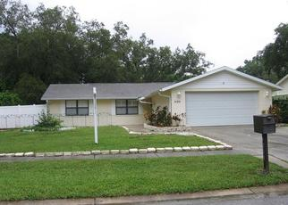 Pre Foreclosure in Tampa 33624 WOODLARK DR - Property ID: 1502891284