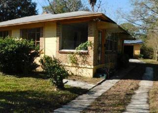 Pre Foreclosure in Jacksonville 32209 MINOSA CIR E - Property ID: 1503191293
