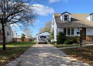 Pre Foreclosure in Greendale 53129 MANSFIELD DR - Property ID: 1503381824