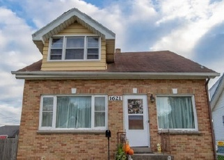 Pre Foreclosure in South Milwaukee 53172 RAWSON AVE - Property ID: 1503382251