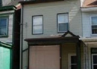 Pre Foreclosure in Pittsburgh 15212 WOODLAND AVE - Property ID: 1503729572