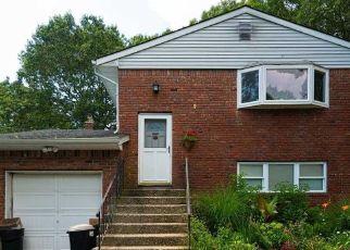 Pre Foreclosure in Ronkonkoma 11779 AVENUE B - Property ID: 1503754986