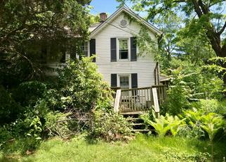 Pre Foreclosure in Centerport 11721 STONY HOLLOW RD - Property ID: 1503772492