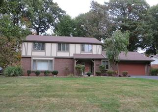 Pre Foreclosure in Toledo 43614 TANGLEWOOD DR - Property ID: 1503840373