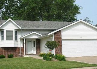 Pre Foreclosure in Davenport 52806 SILVERCREEK DR - Property ID: 1503906514