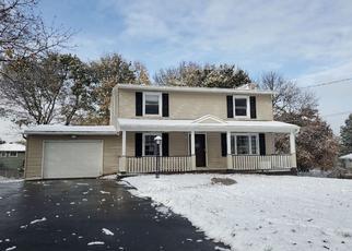 Pre Foreclosure in Camillus 13031 SEITZ DR - Property ID: 1504137322