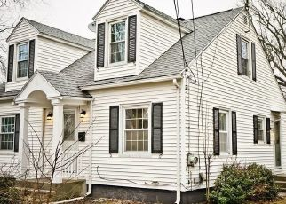 Pre Foreclosure in East Longmeadow 01028 ELM ST - Property ID: 1504233231