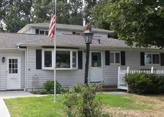 Pre Foreclosure in Strongsville 44149 TOMSON DR - Property ID: 1504781136