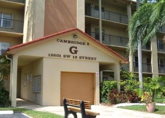 Pre Foreclosure in Hollywood 33027 SW 13TH ST - Property ID: 1504911667