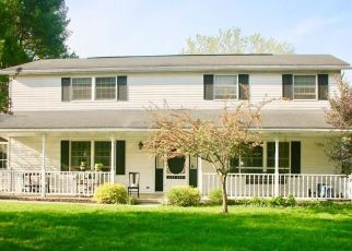 Pre Foreclosure in Nashport 43830 CREAMERY RD - Property ID: 1505162620