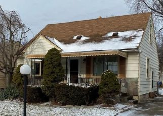 Pre Foreclosure in Inkster 48141 KITCH ST - Property ID: 1505303648