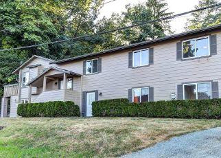 Pre Foreclosure in Everett 98203 CRESCENT AVE - Property ID: 1505390364