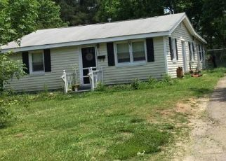 Pre Foreclosure in Garner 27529 NEW RAND RD - Property ID: 1505443358