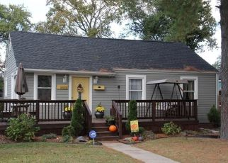 Pre Foreclosure in Portsmouth 23707 COLUMBIA ST - Property ID: 1505491543
